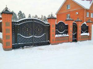 Кованые ворота калитка, забор и колпаки на столбы Art-master.kovka (2)