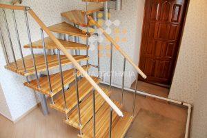 Модульная лестница, ступени-лиственница
