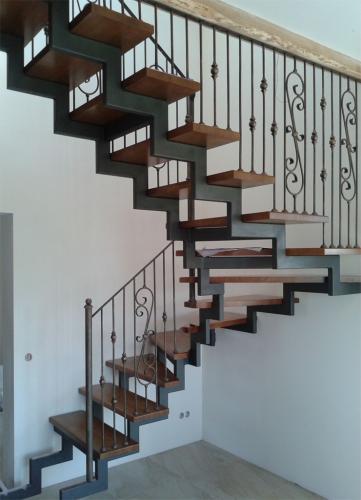 Art-Master Kovka лестницы на металлокаркасе (5)
